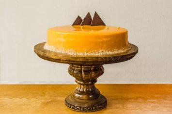 Облепиховый муссовый торт с глазурью из облепихи