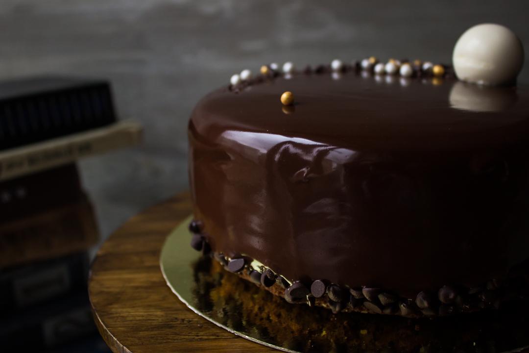 Шоколадная зеркальная глазурь