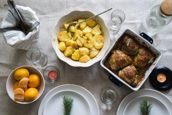 Запечённый картофель с курицей в духовке