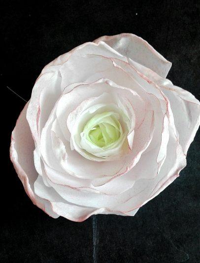 Цветы из вафельной бумаги своими руками 765