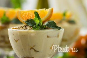 Десерт в креманке