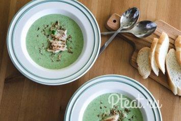 Крем-суп из молодого горошка