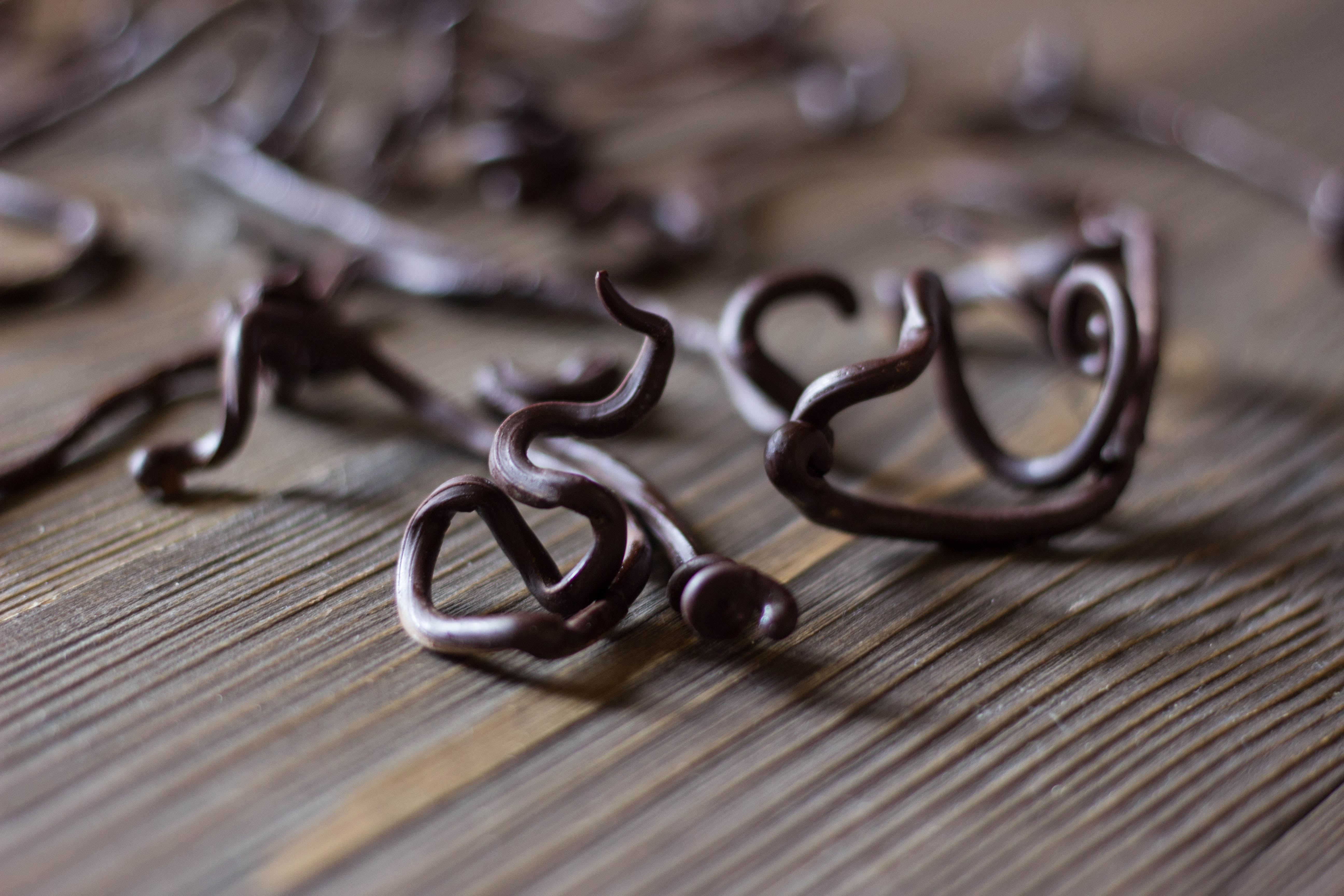 Шоколадный декор: коряга