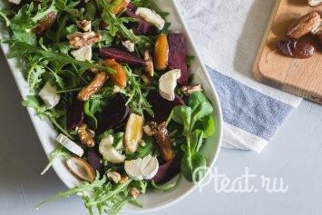 Салат из свеклы и козьего сыра