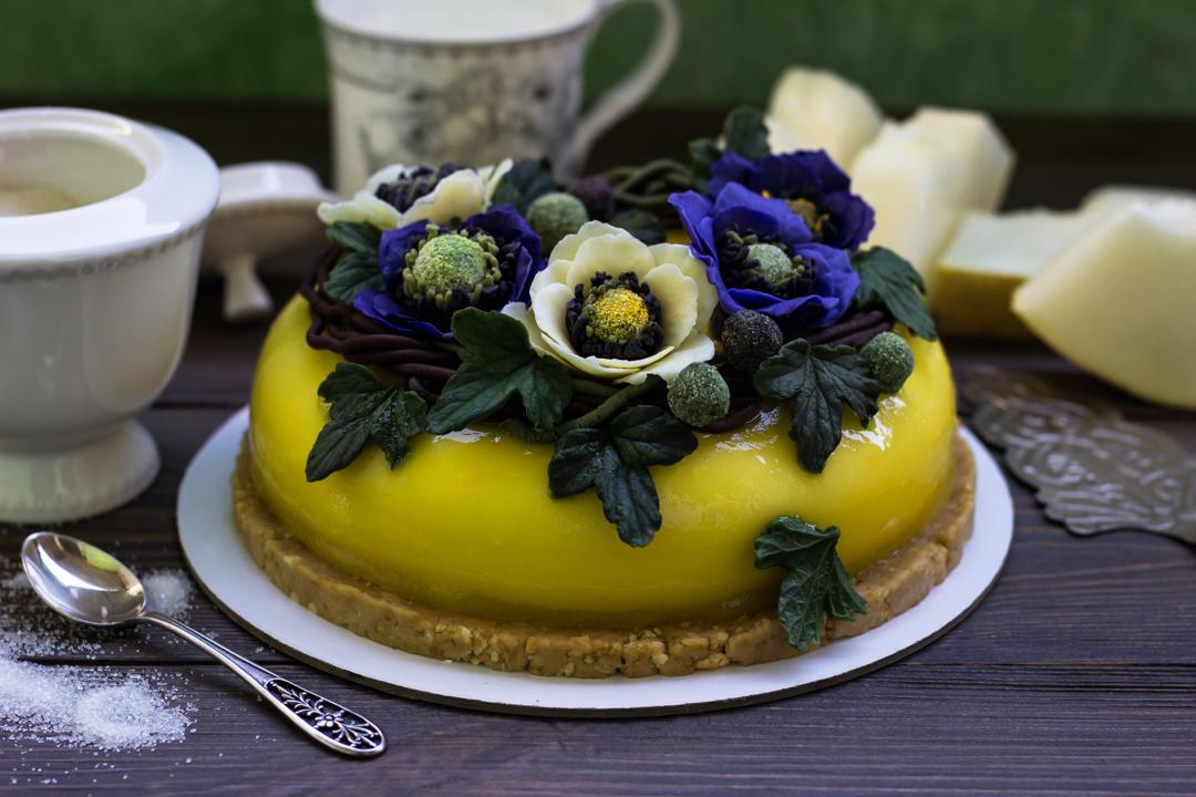 Торт с манго и лимоном